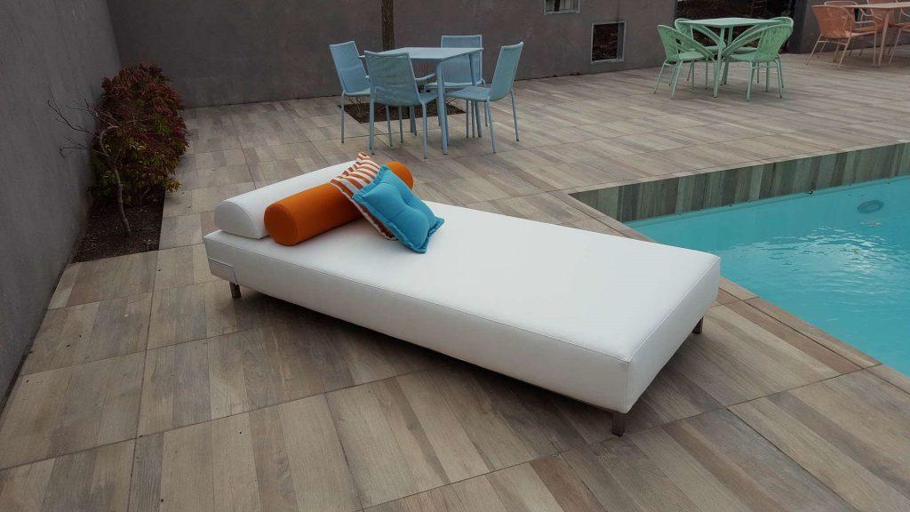 double garden lounger